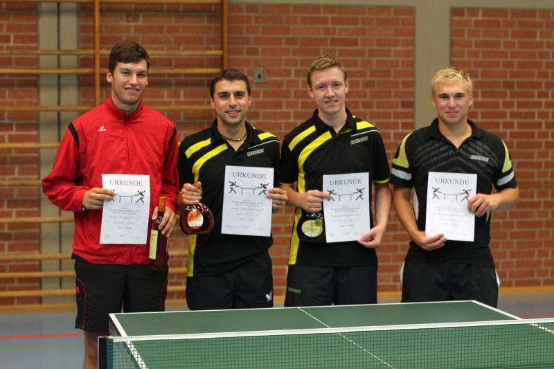 Die Erstplatzierten der A-Klasse: 1. Konstantin Lother (TSV Güntersleben) 2. André Scheer (SB Versbach) 3. Mathias Ullrich (SB Versbach) 4. Florian Engert (SB Versbach)
